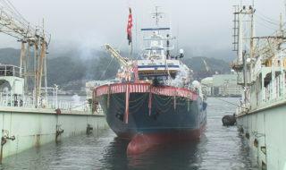 進水式が行われたまき網漁船